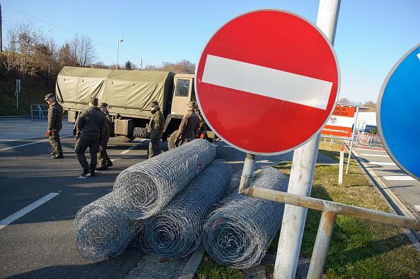 Italiens Flüchtlinge fallen nicht unter die EU-Umverteilungsregeln – Österreich will 750 Soldaten zum Brenner schicken