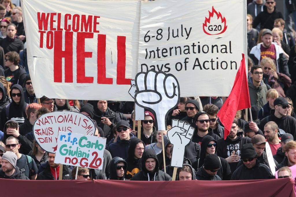 """""""Absurde Hetzjagd"""": Hamburger Linke demonstrieren gegen Linken-Feindlichkeit nach G20"""