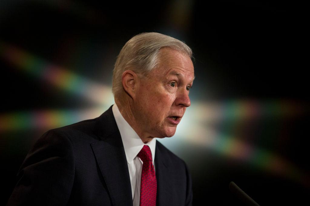 """Trump über seinen Justizminister: """"Sessions verhielt sich extrem unfair"""""""