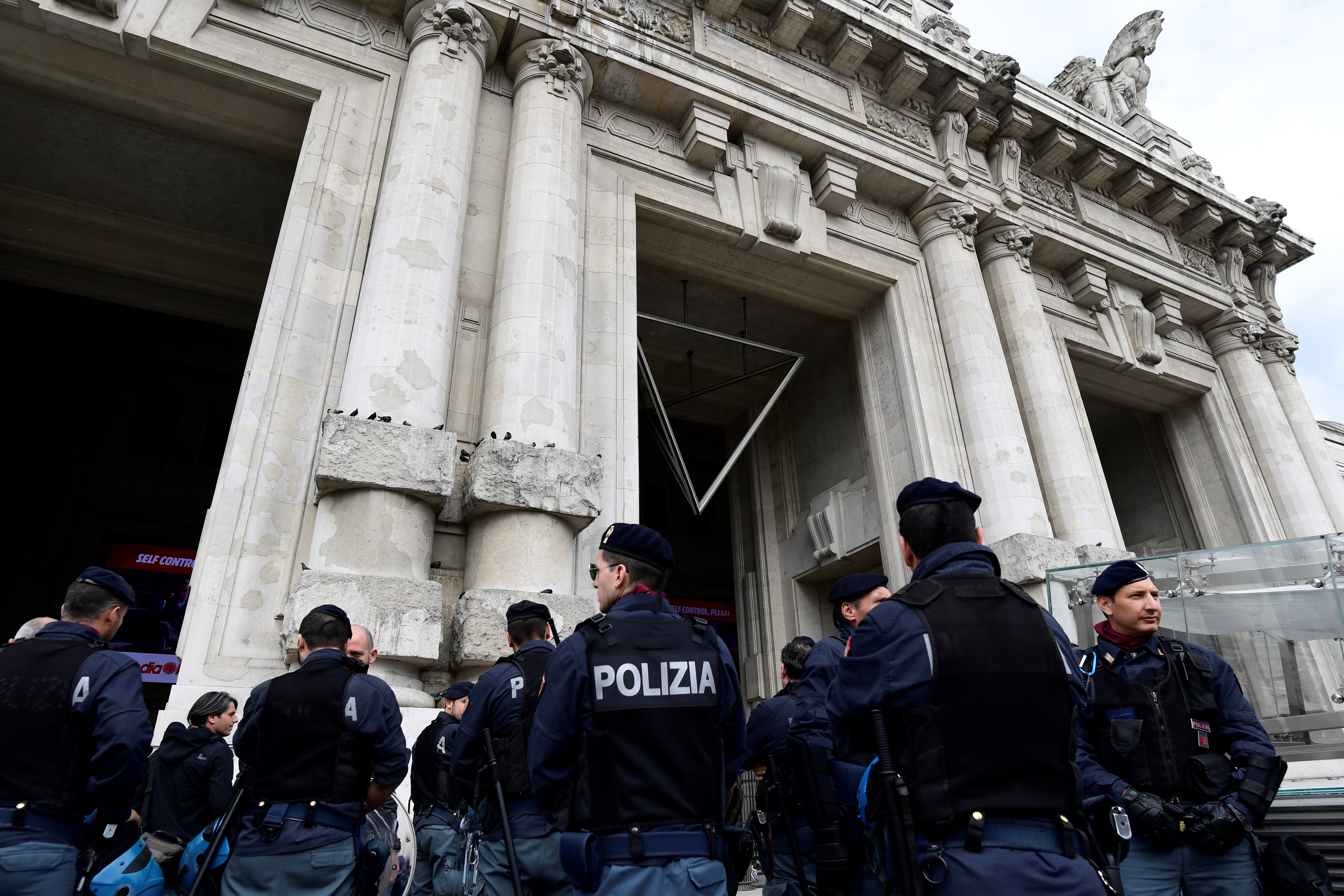 Bahnhofs-Razzia Mailand: Dutzende Festnahmen nach Drogen-Dealerei und Kriminalität