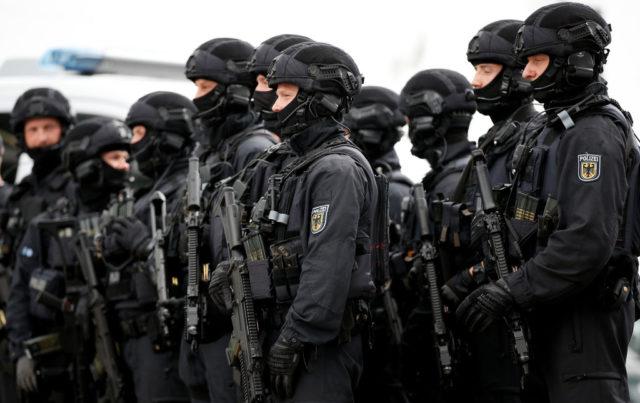 nrw zus tzliche polizisten kosten ber f nf millionen euro pro jahr. Black Bedroom Furniture Sets. Home Design Ideas
