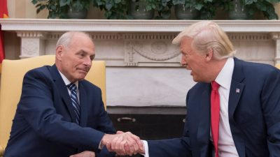 """Trump erwartet """"spektakulären Job"""" von neuem Stabschef Kelly"""
