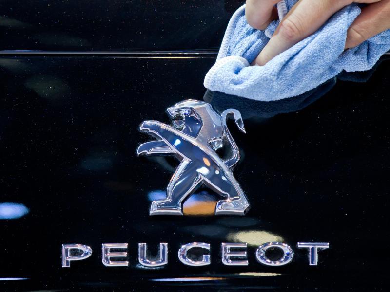 Kraftfahrt-Bundesamt schönte Abgasberichte