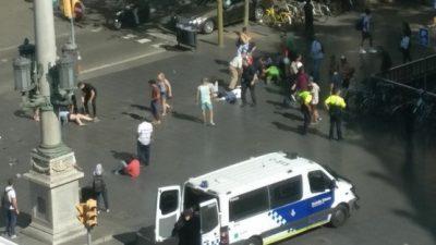Terror in Barcelona: Transporter rast in Menschenmenge – 13 Tote und 80 Verletzte – IS bekennt sich