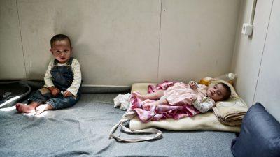 Internationaler Kindertag: Massive Kritik an Ankerzentren für Flüchtlinge und Migranten