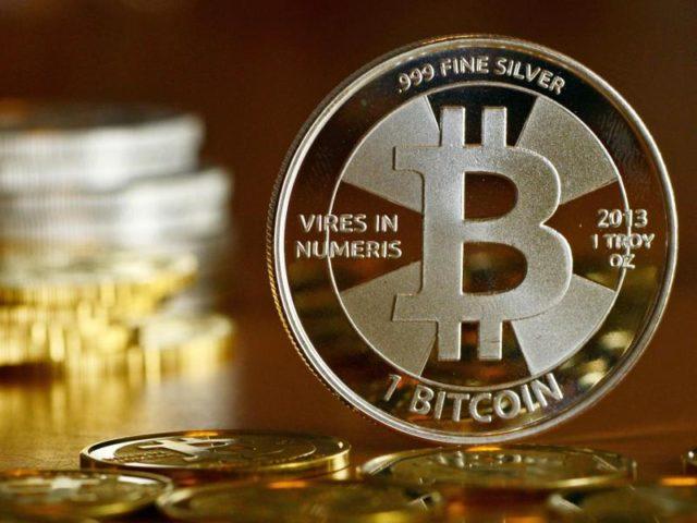 http://www.epochtimes.de/assets/uploads/2017/08/urn-newsml-dpa-com-20090101-170813-99-628186_large_4_3_Der_Kurs_der_Digitalwaehrung_Bitcoin_hat_sich_seit_Jahresbeg-640x480.jpg