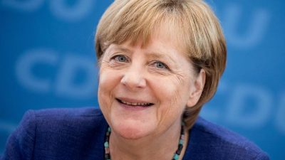 Jetzt: Kanzlerin Angela Merkel im Youtube-Livestream
