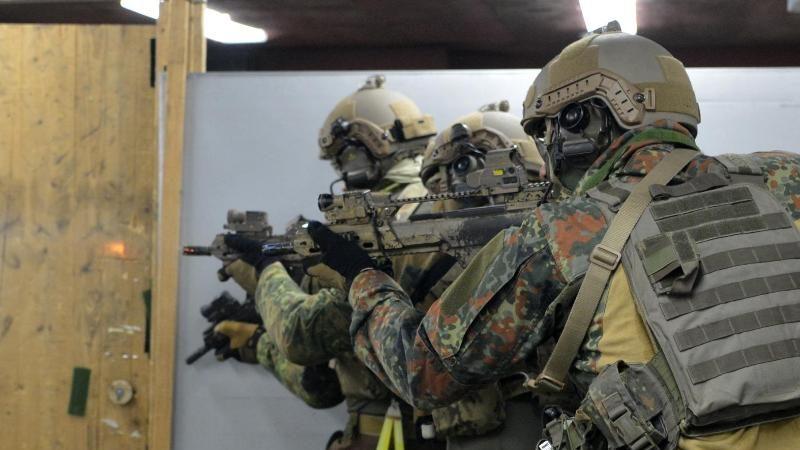 Kramp-Karrenbauer: Kommando Spezialkräfte bleiben erhalten
