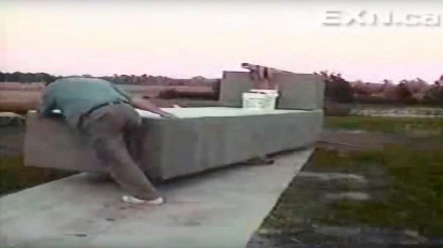 Mann Bewegt Tonnenschwere Steine Von Hand Geheimnis Von Stonehenge