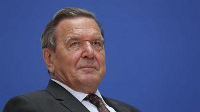 Altkanzler Schröder bleibt Aufsichtsratschef von Rosneft