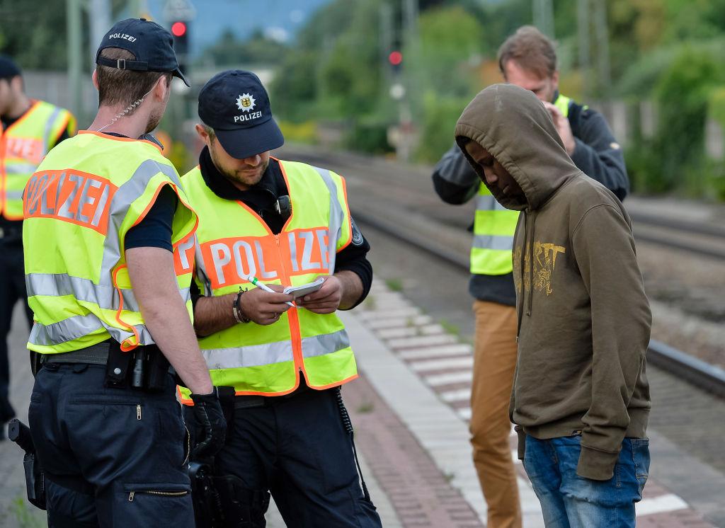 Ismail Tipi: Mehr als 500000 illegale Einwanderer vor deutschen Behörden untergetaucht