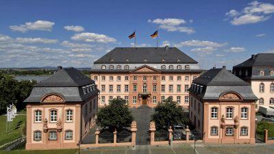 """Erste offizielle """"No-Go-Area"""" Deutschlands? – AfD erzwingt """"Aktuelle Debatte"""" im Landtag RLP und steht """"Einheitsfront"""" gegenüber"""