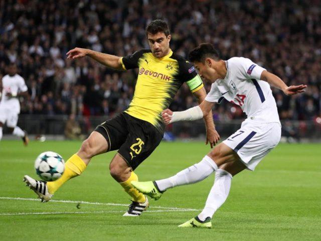 Der frühere Bundesligaprofi Heung-Min Son (r) traf zum 1:0 für Tottenham. Foto: Nick Potts/dpa