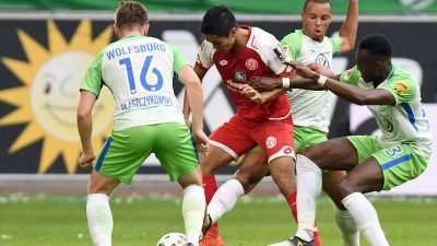 Schmidt holt mit VfL gegen Ex-Club Mainz nur einen Punkt
