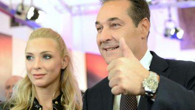 """Philippa Strache steht zu ihrem Mann: """"Ich bin nicht ausgezogen"""""""
