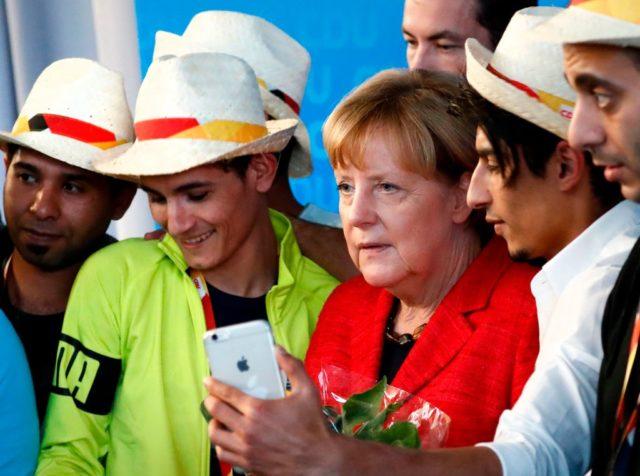 """Merkel verteidigt """"Seenotrettung"""" durch private Organisationen"""