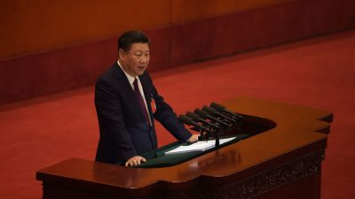 """""""Neue Ära"""": Chinas Staatschef Xi eröffnet Parteitag mit Kampfansage an politische Gegner"""