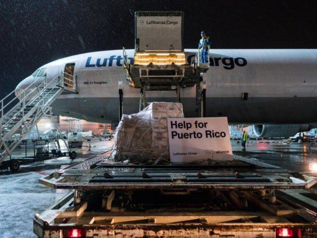 Eine Lufthansa-Maschine mit Hilfsgütern für Puerto Rico. Foto:Lufthansa/dpa