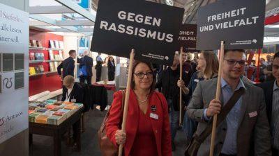 """Rechtsphilosoph Reinhard Merkel über den UN-Migrationspakt: """"Rassismus gegen Einheimische wird nicht einmal erwähnt"""""""
