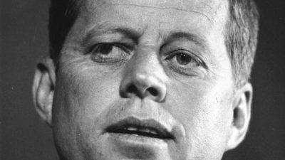 """Kennedy-Attentat: Weitere Geheimdokumente freigegeben – Jim Garrison sagte """"Lee Harvey Oswald ist nicht der Täter"""""""