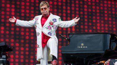 Elton John mit Harvard-Menschlichkeitspreis geehrt – es gibt aber auch Pädophilie-Geschichten