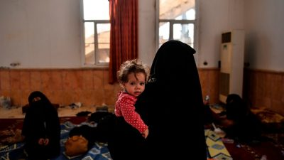Düsseldorf: Prozessauftakt gegen 47-jährige IS-Rückkehrerin aus Köln