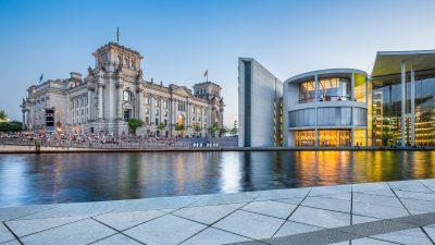 Der deutsche Bundestag: 865 Lobbyisten mit Hausausweis und 709 Abgeordnete