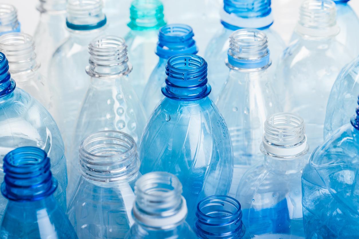 Geheimcode der Plastikflaschen: Polyethylenterephthalat – Sind PET-Flaschen tatsächlich ungefährlich?