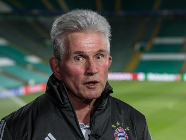 Hat den FC Bayern wieder in ruhigere Fahrwasser geführt: Trainer-Oldie Jupp Heynckes. Foto:Sven Hoppe/dpa