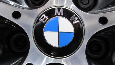 BMW und Audi verkaufen 2020 jeweils acht Prozent weniger Autos