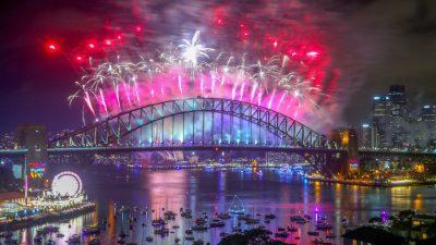 Australien begrüßt Neues Jahr mit riesigem Feuerwerk