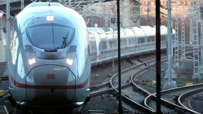 Bahnstrecke zwischen Hamburg und Berlin nach Unfall gesperrt