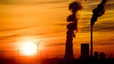 """Energie: Mit """"Ausbaukorridoren"""" soll den """"Erneuerbaren"""" zum Durchbruch verholfen werden – Was ist damit gemeint?"""