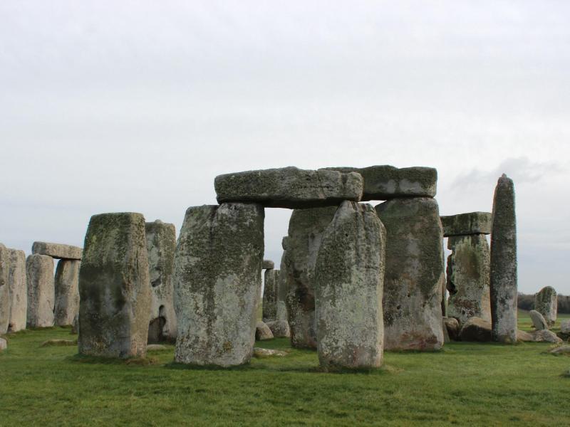 Stonehenge womöglich aus Steinen eines älteren Monuments erbaut