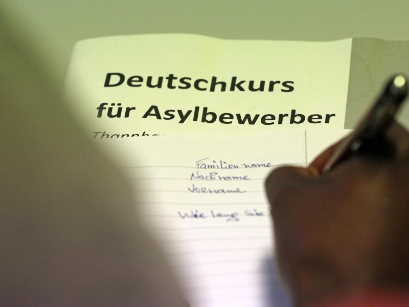 Urteil: Schriftliche Deutschkenntnisse bei Einbürgerung mit entscheidend