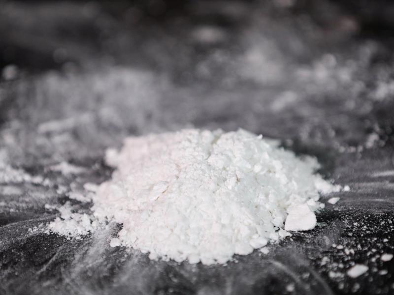 Niederländischer Zoll: Drei Tonnen Kokain in Behältern mit Bananenpüree entdeckt