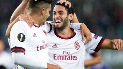 Calhanoglu rettet AC Mailand 1:1 in Florenz