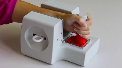 Altersbestimmung: Ein mobiler Ultraschall- Handscanner bestimmt Alter ohne körperlichen Eingriff