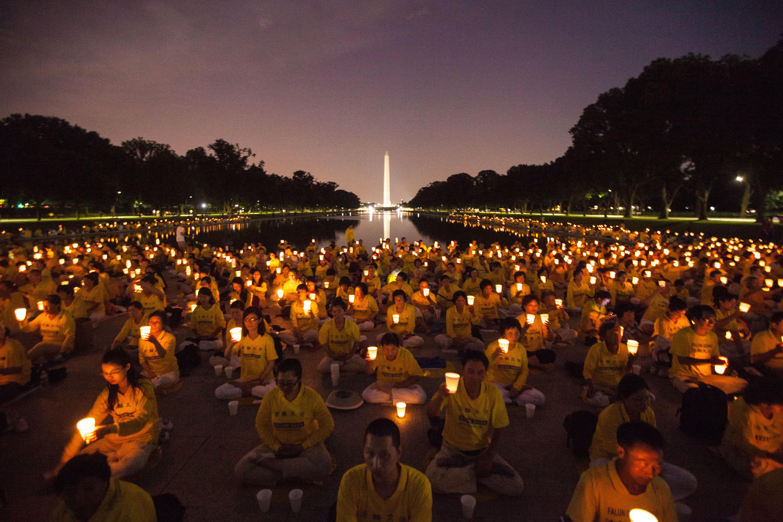 Weltweite Mahnwachen am 25. April erinnern an Auftakt der Verfolgungskampagne gegen Falun Gong in China