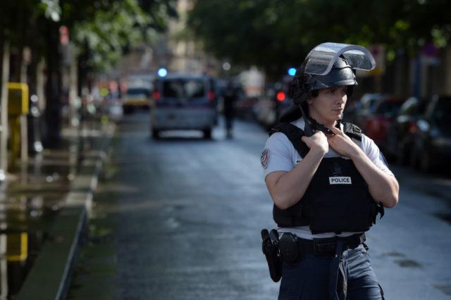 """Frankreich in der Silvesternacht: Ein Männermob schlägt Polizisten """"zu Brei"""""""