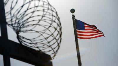 Gabriel: Trumps Guantanamo-Entscheidung spielt Terroristen in die Hände
