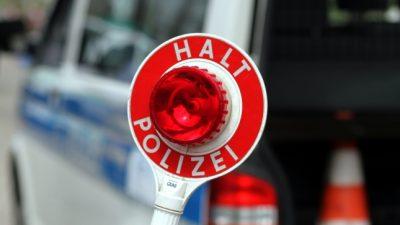 Düsseldorf: Berauschter Jugendlicher verletzt zwei Polizeibeamte bei Festnahme