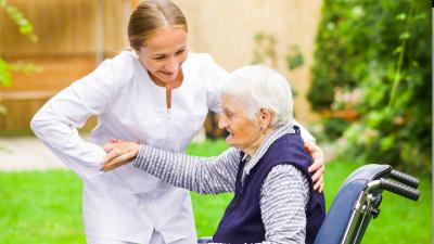 Heil stellt Corona-Bonus für alle Pflegekräfte in Aussicht – Sonderzahlung von 1.500 Euro für Altenpfleger vereinbart
