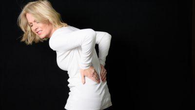 Wenn Pillen nicht mehr helfen: Frau überwindet schmerzhafte Fibromyalgie mit reiner Frischkost