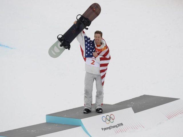 Shaun White liebäugelt mit Olympischen Sommerspielen. Foto: Kin Cheung/dpa