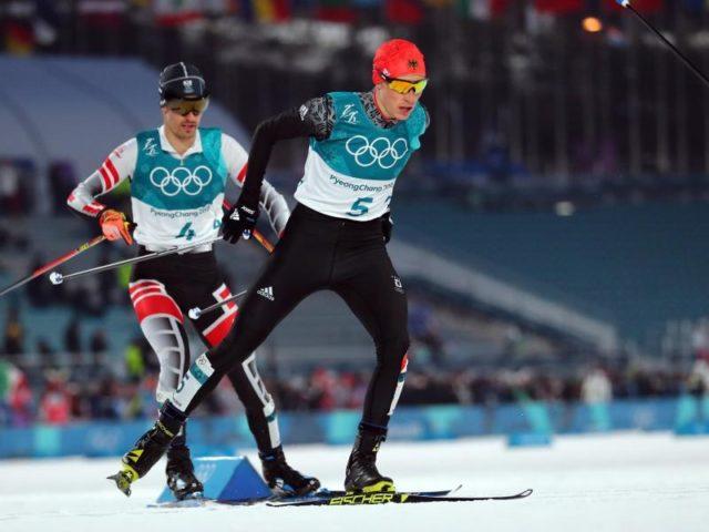 Kombinierer Eric Frenzel auf dem Weg zur Goldmedaille. Foto: Daniel Karmann/dpa