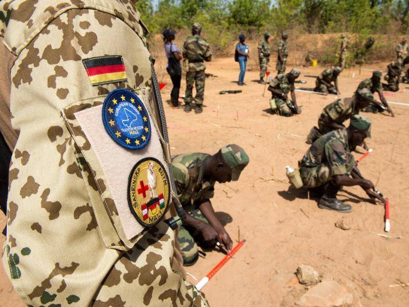 Mali: 15 deutsche Soldaten bei mutmaßlichem Autobomben-Anschlag verletzt
