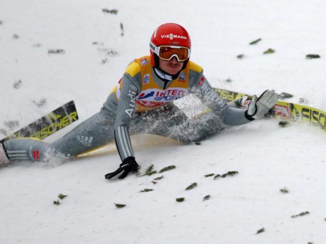 Sein Sturz in Innsbruck brachte Skispringer Richard Freitag nicht nur am Bergisel aus der Spur. Foto: Daniel Karmann/dpa