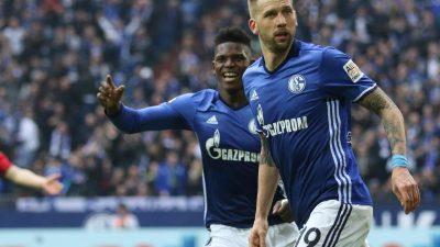 Sechster Sieg in Serie:Schalker vertagen Bayern-Feier
