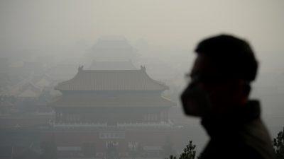 """Wieder gefährlicher Smog in Peking – Bürger frustriert: """"Ich bin es leid, eine Maske zu tragen"""""""